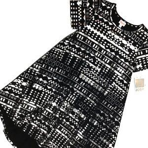 Dress LuLaRoe Carly Fits S-M ✨ Black Silver ✨ NWT
